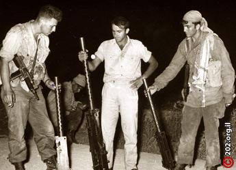 Станковые Пулеметы системы Браунинга захваченные бойцами 890го батальона в акции возмездия. Это оружие было захвачено в иорданском полицейском участке.