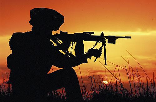 Путь к генеральским погонам обязательно начинается с солдатской службы.