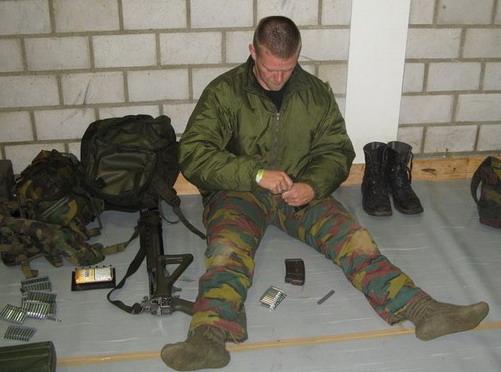Армия швейцарии страна цвета хаки