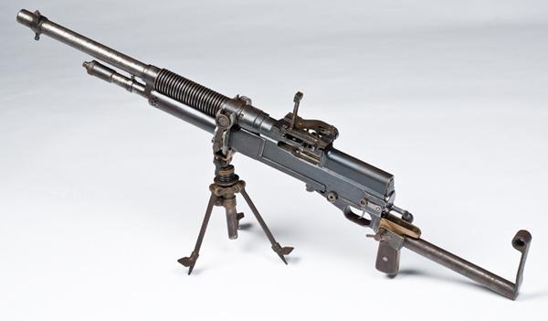 Переносной Гочкисс - один из первых легких пулеметов 1909.