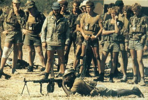 Спецназ Родезии упражнения с РПД