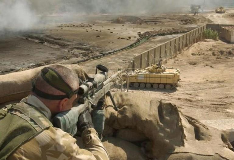Снайперы вынуждены снимать шлемы при стрельбе