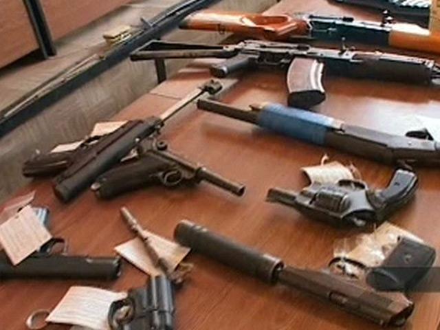 Вгосударстве Украина начался месячник добровольной сдачи оружия ибоеприпасов