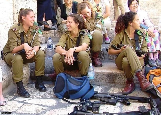 Незаконное ношение формы военнослужащих израиля