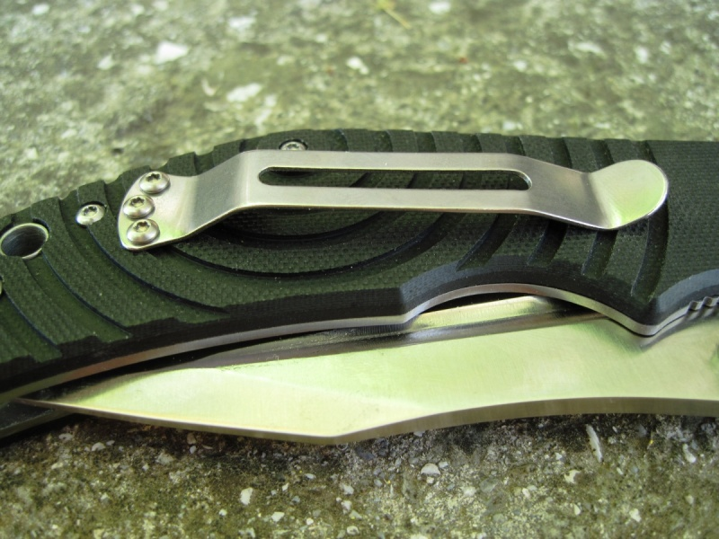 Клипса на нож