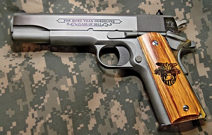 Colt M1911A1, приуроченный к выпуску Военной академии США 2012 года