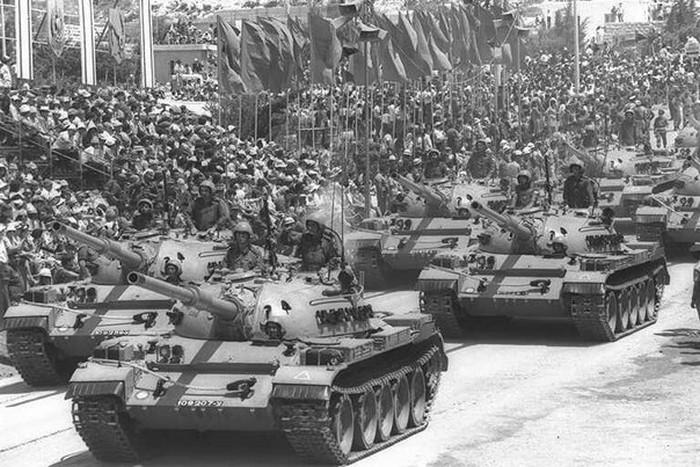 Tiran 5 (модифицированные трофейные Т-55) на параде израильской армии.