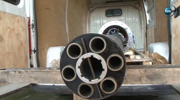 Дві українки намагалися ввезти до Польщі корабельну зенітну гармату