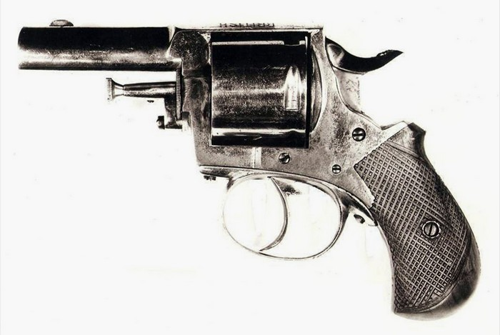 02 Webley British Bulldog