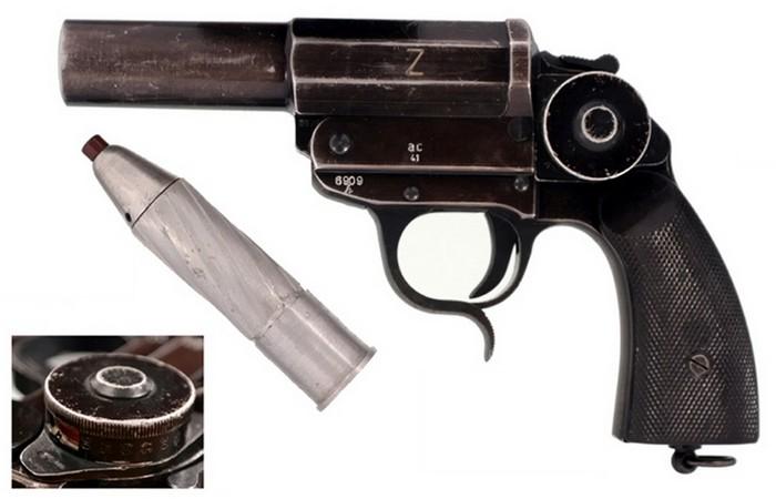 Сигнальный пистолет с нарезным стволом (Leuchtpistole Z), мина к нему. На выносном элементе угломер для прицеливания