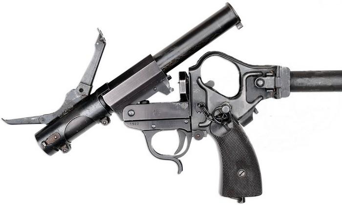Kampfpistole, вид с извлечённым нарезным стволиком