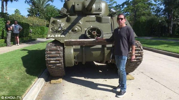 Texas man buys Sherman Tank