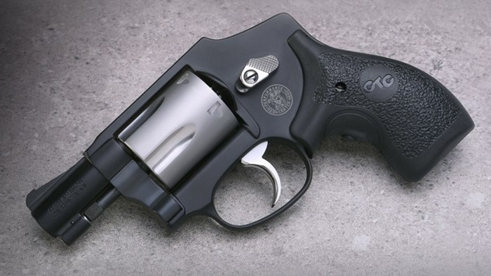 S&W Performance Center Model 442