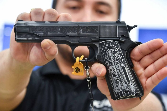 Спеціальна версія пістолета 1911 від Auto-Ordnance -