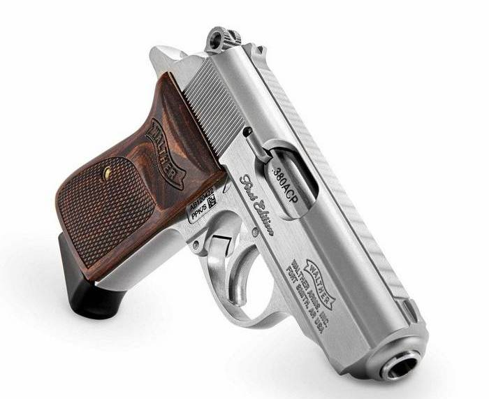 "Пістолет Walther PPK/S ""First Edition""."