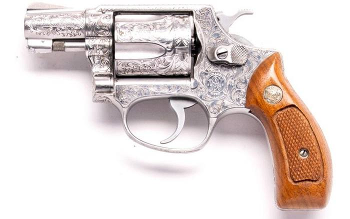 Smith & Wesson Model 60 «Chief's Special».